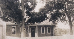 Larson era brick house (1)