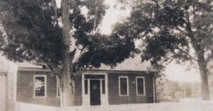 Larson era brick house (1)